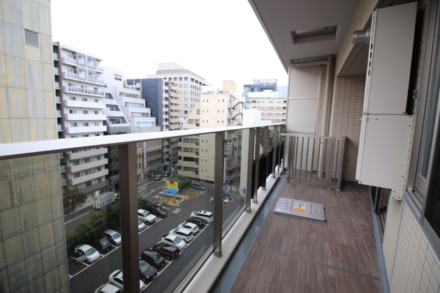 proud_nihonbashimitsukoshimae-807-balcony-01-sohotokyo