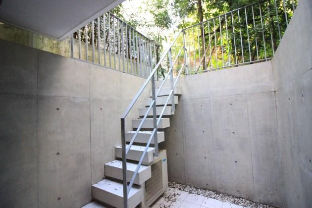 modeliabrut_sangubashi-porch-03-sohotokyo