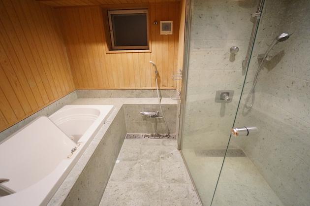 urban_ebisu_studio-bathroom-01-sohotokyo