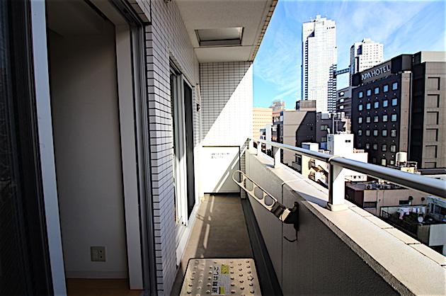 cresidesnce_higashiginza-902-balcony-02-sohotokyo