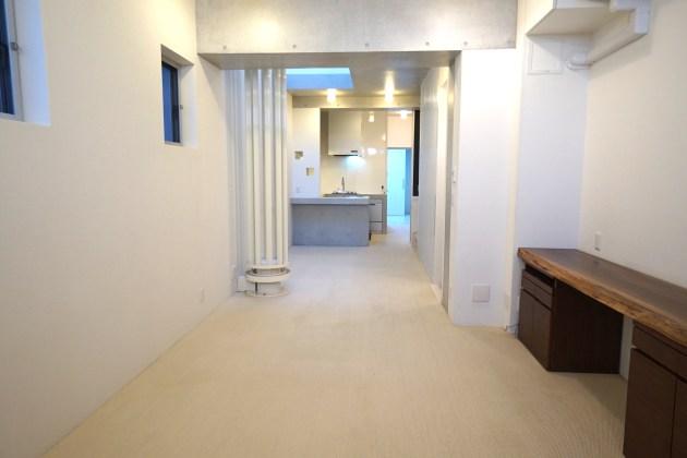 oookayamahouse_oookayama-1-2F livingroom (24)