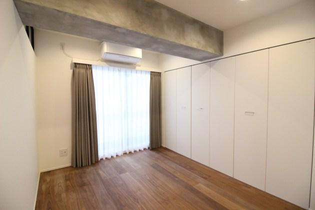 takasunabuild_shirokane-506-bedroom-01-shotokyo