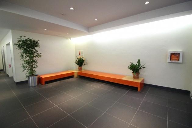 jingumae-corporuse-entrance