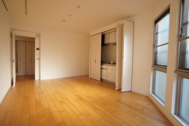 shilvanhill-B-1F-livingroom-03-sohotokyo