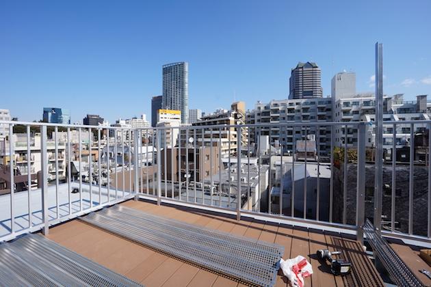 赤坂エリア。最上階バルコニー付きペントハウス。