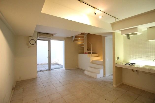 meguroresort-101-B1-livingroom-04-sohotokyo