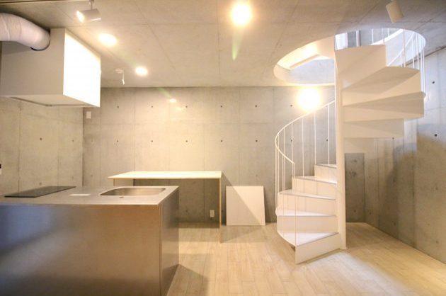 代々木八幡5分、螺旋階段が演出するデザイン空間。
