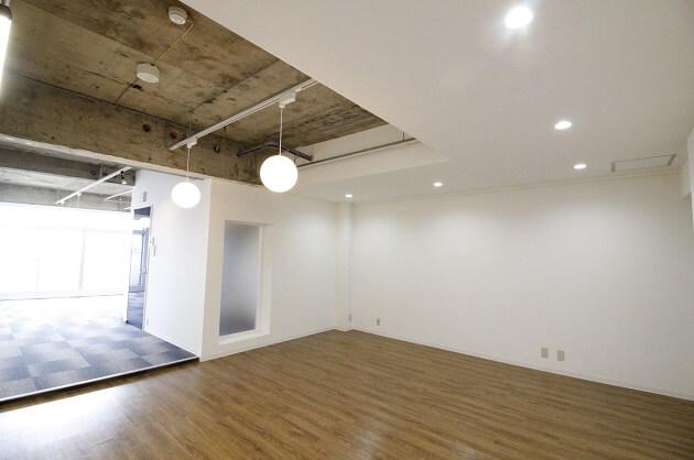 【募集終了】四谷、新宿通り沿いで立地良好なデザイナーズオフィス