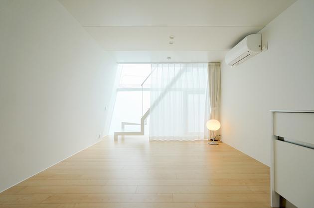 【募集終了】荏原町駅4分、商店街至近のガラス張り新築SOHO。