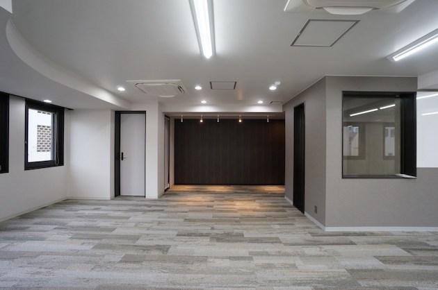 【募集終了】千代田区外神田、4駅利用可能な130㎡越えリノベオフィス