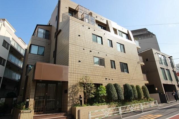 渋谷。喧騒から離れた50坪超ヴィンテージSOHO。<p>[渋谷区/90万/190㎡]