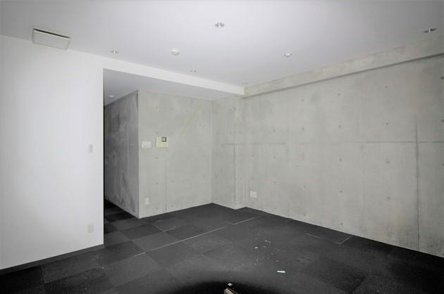 【募集終了】神泉3分。コンクリート打ち放しがつくる店舗事務所。