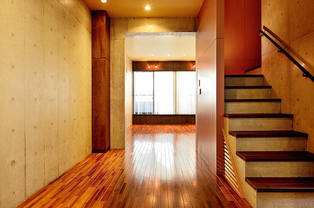 半蔵門8分、屋上・地下スタジオ付き。戸建デザイナーズSOHO。