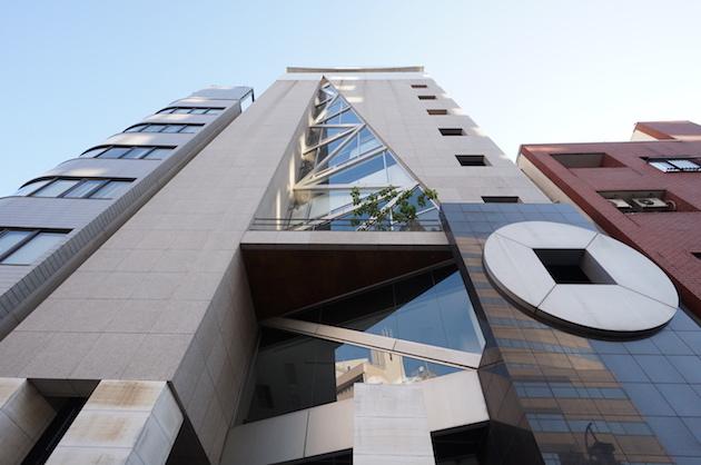 【募集終了】渋谷、明治通り沿い。シャープな外観の開放感あるオフィス。