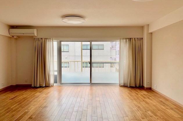 【募集終了】渋谷区松濤、無垢床メゾネットのヴィンテージSOHO