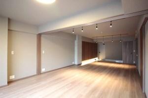 恵比寿2分、木の温かみとスタイリッシュさが融合した新築空間。