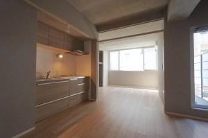 西新宿、駅近で隠れ家的、デザイン性の高いSOHO<p>[新宿区/19.5万/40㎡]