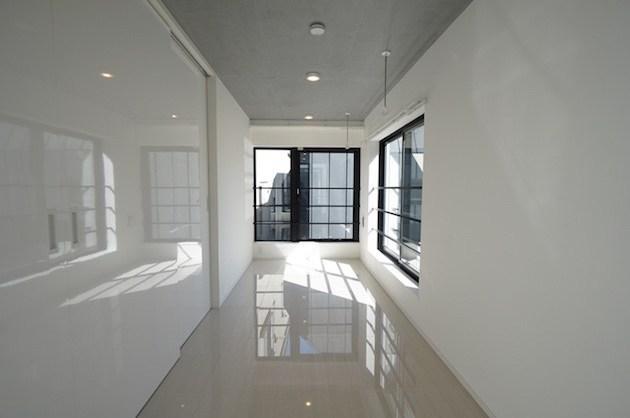 神宮前。ロフト付き新築モノトーンSOHO空間<p>[渋谷区/26万/30㎡]