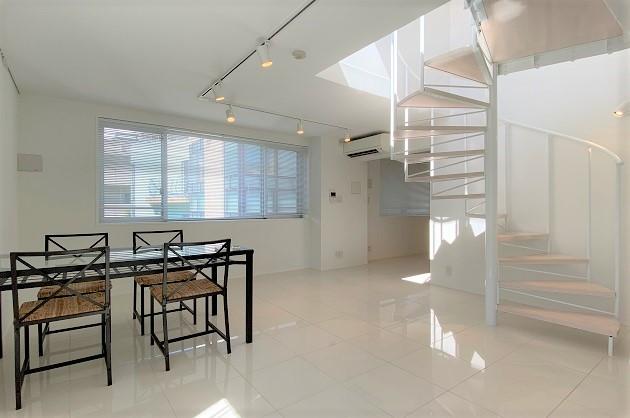 【募集終了】乃木坂。ルーフバルコニー付、最上階の贅沢空間。