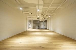 神保町、天高3.8m、スタジオに適したリノベーション空間<p>[千代田区/60万/160㎡]