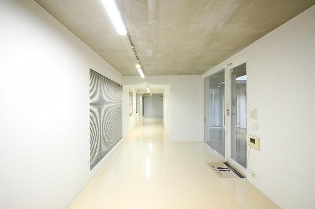 西新宿五丁目。コの字型のクリエイティブ空間。<p>[渋谷区/20万/55㎡]
