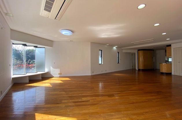初台、山手通りそばのハイグレードな戸建てSOHO<p>[渋谷区/65万円/160㎡]