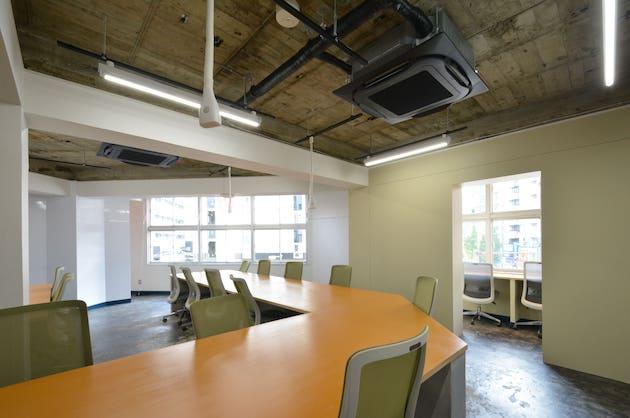 【募集終了】新宿1分、駅近の隠れ家の様な築古リノベーションオフィス