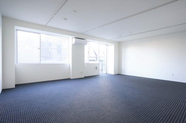 新宿。充実のサービスでビジネスライフをサポート。<p>[新宿区/27万/52㎡]