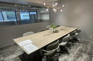 乃木坂、洗練された空間で活躍するワンフロアオフィス。<p>[港区/129万/135㎡]