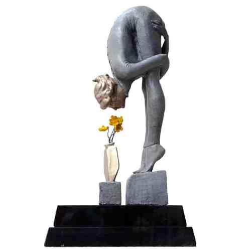 Flora-50cm--BRONZE-[bronze,-table-top,-figurative]-Stephen-Glassborow-sculpture-abstract-australian-female-body-bronze