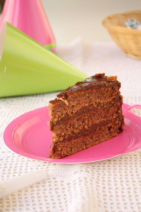 Gabon torta sa lešnicima