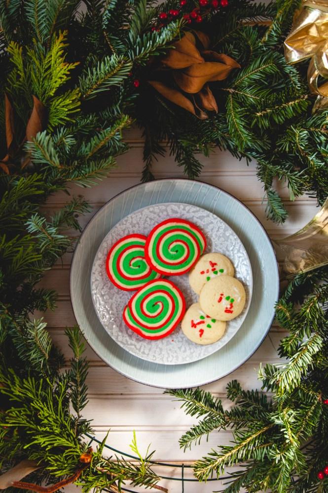 Višebojni spiralni kolači