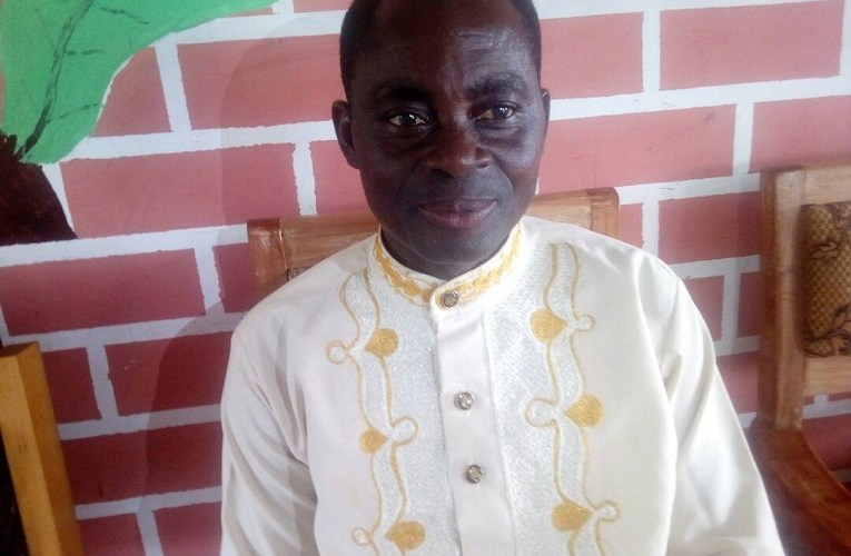 PASTORS WHO COLLECT TITHES ARE THIEVES — EVANGELIST SLAMS.