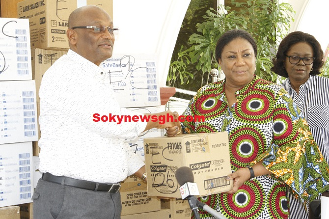 FIRST LADY PRESENTS MEDICAL EQUIPMENT TO CAPE COAST TEACHING HOSPITAL