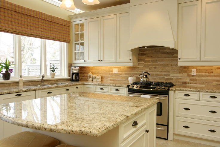 Santa Cecilia Granite White Cabinet Backsplash Ideas on Backsplash Ideas For White Cabinets And Granite Countertops  id=25333