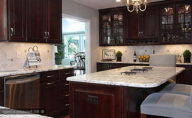 Colonial White Granite Dark Cabinets Backsplash Ideas on Backsplash Ideas For White Cabinets And Granite Countertops  id=72385