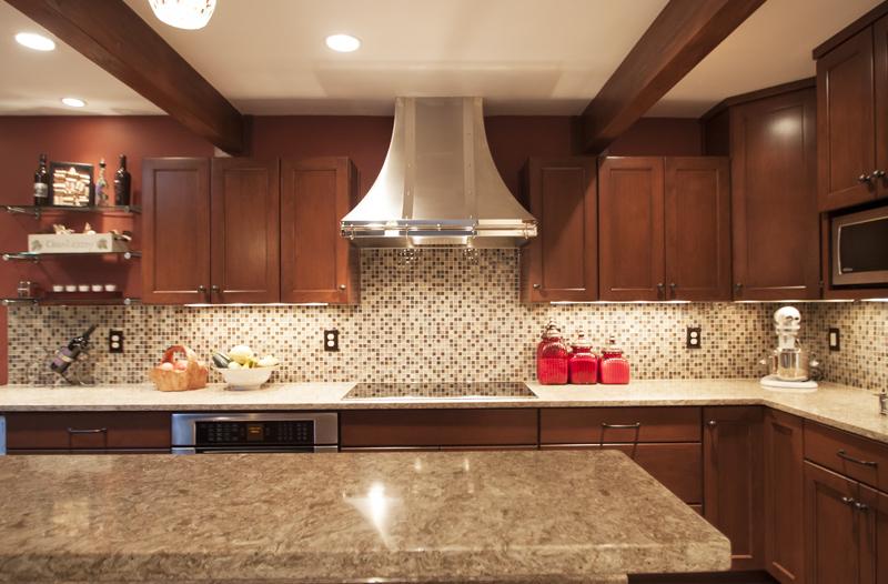Cambria Berkeley Dark Cabinets Backsplash Ideas on Backsplash Ideas For Dark Cabinets And Light Countertops  id=50105