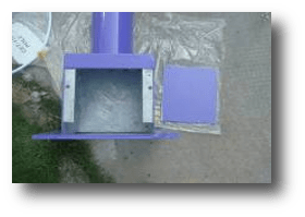 battery position on the roof of pole - Solar Garden Lights