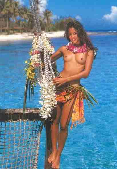 https://i1.wp.com/www.solarnavigator.net/geography/geography_images/Tahiti_postcard_Island_Girl_sea.jpg
