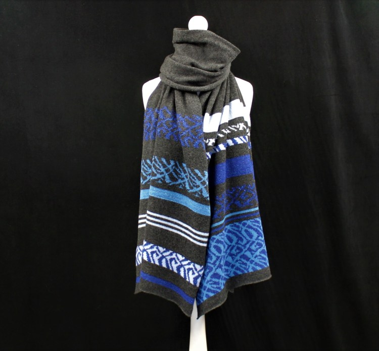 Solasonach Charcoal and blue lambswool wrap