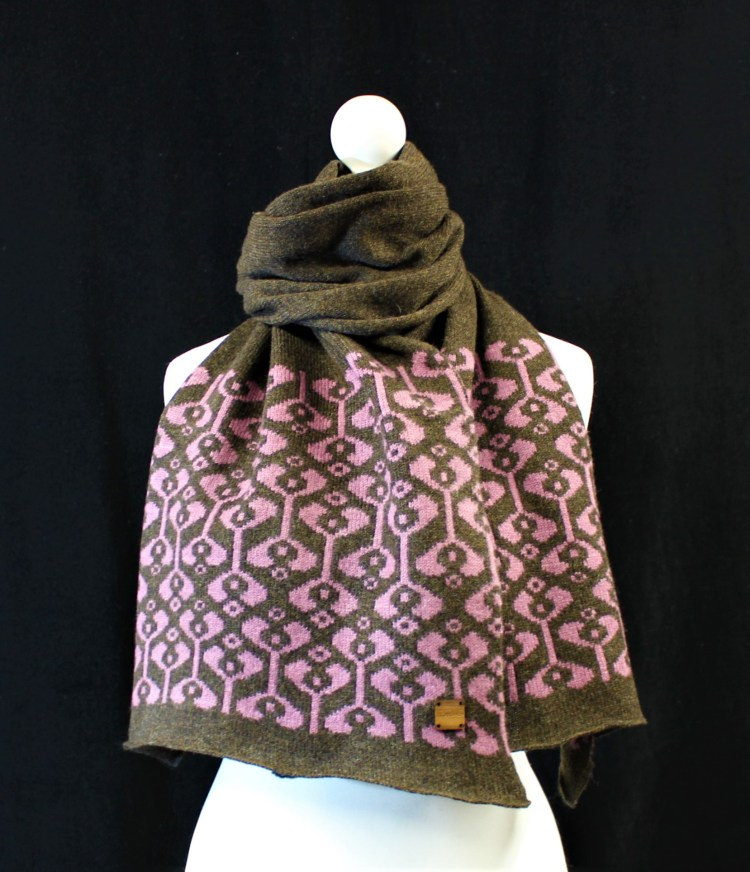 Solasonach Little Bud Lambswool Scarf in Cocoa and Heather