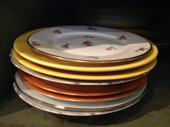 Vaisselle Cantine des Tontons