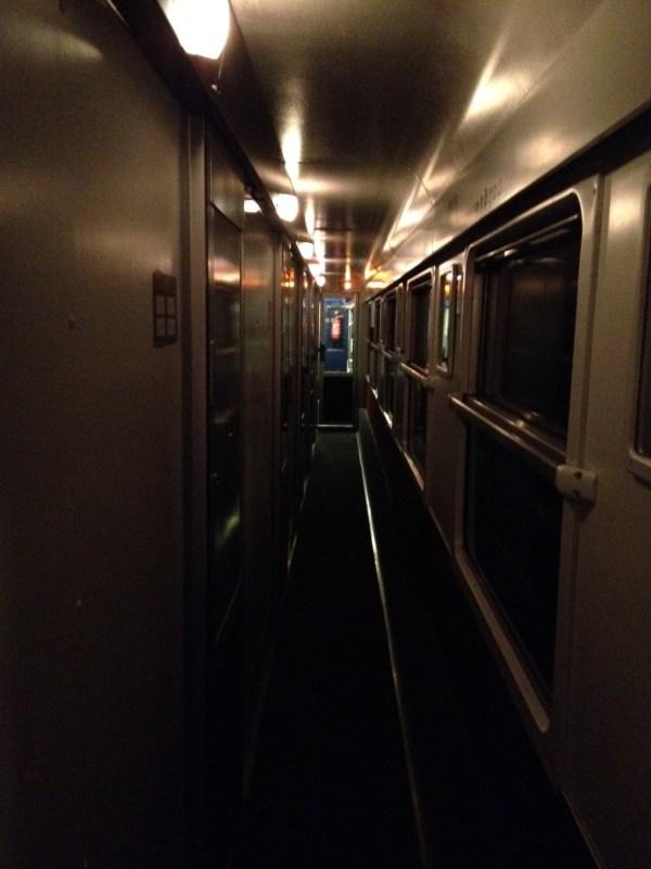 Train de nuit massif des écrins