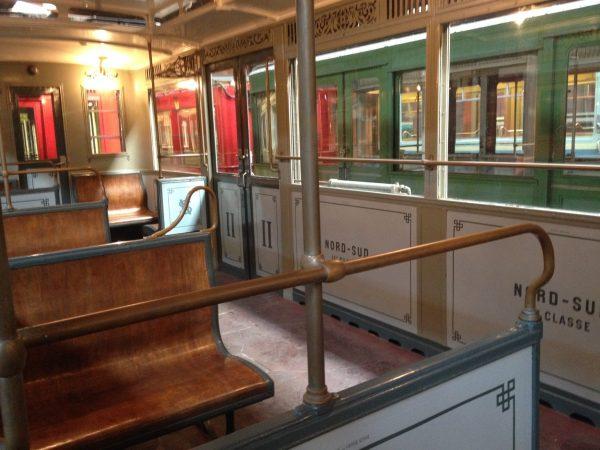 Ancien métro en bois