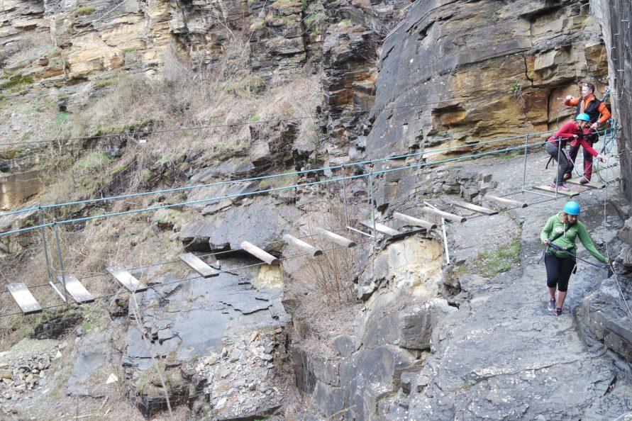 Pont de singe Dinant évasion