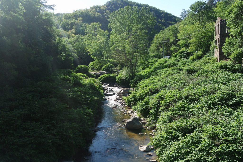 Activités insolites d'Ardèche promenade mobylette
