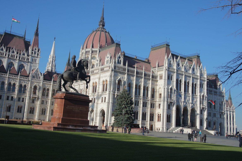 Budapest en hiver parlement