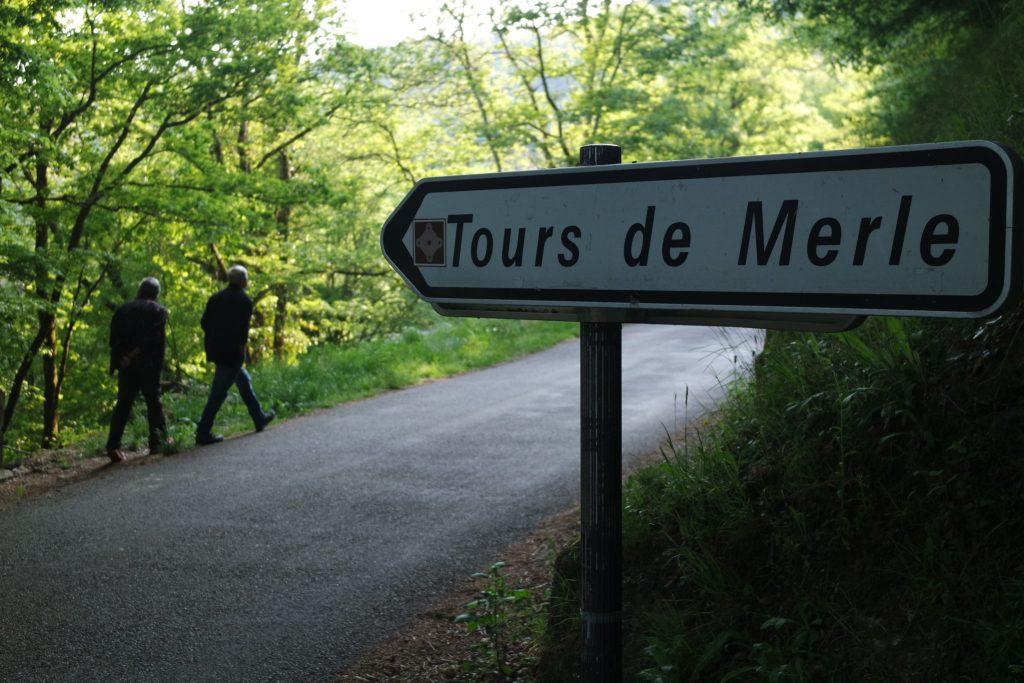 Visiter les Tours de Merle