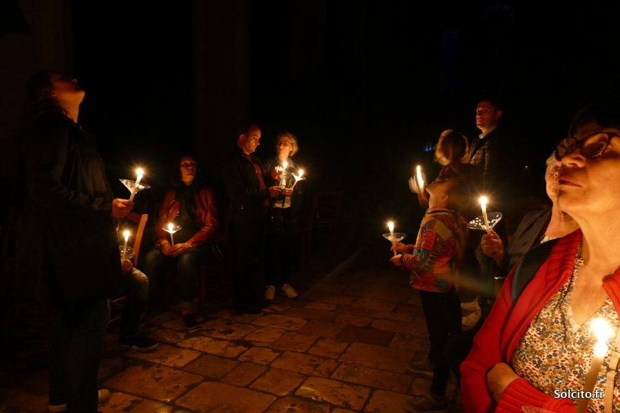 Visite à la bougie de la crypte de Chartres