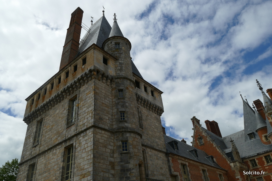 Tour du Chateau de Maintenon